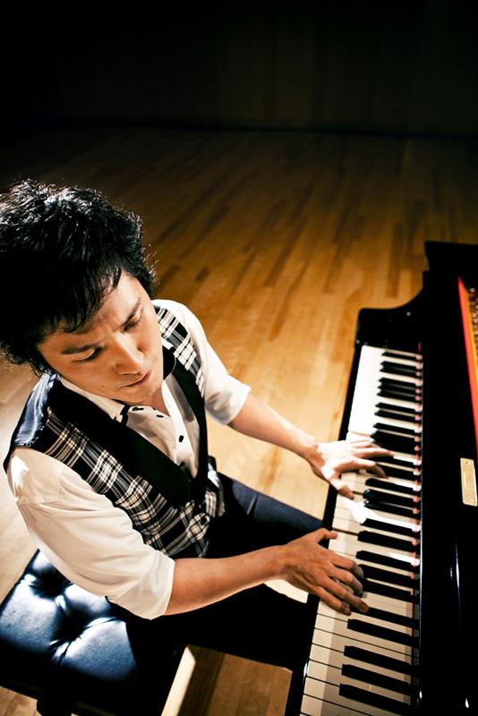 清塚信也 plays ガーシュウィン & ラフマニノフ