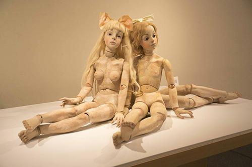 << Sisters >> 2012藝術家收藏