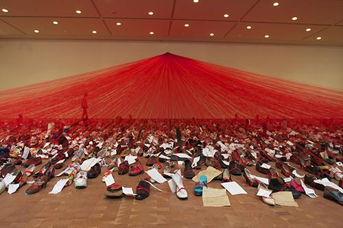 《大陸を越えて》国立国際美術館(大阪) 2008 Ⓒ Sunhi Mang<
