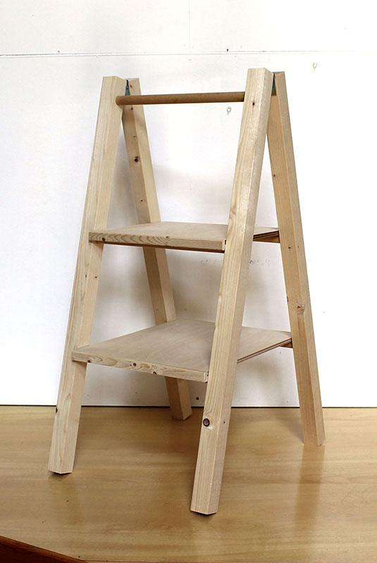 木工ワークショップ 木の棚づくり 無垢の木の、はしご状の棚(ラダーシェルフ)づくり
