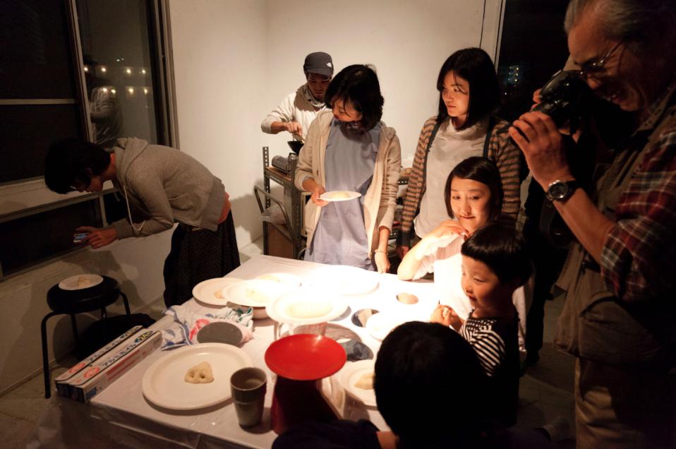 新年パーティー|モバイルキッチンでできること#2 [モバイルキッチンでご飯をつくること(あるいはだれかのためのデモンストレーション)]