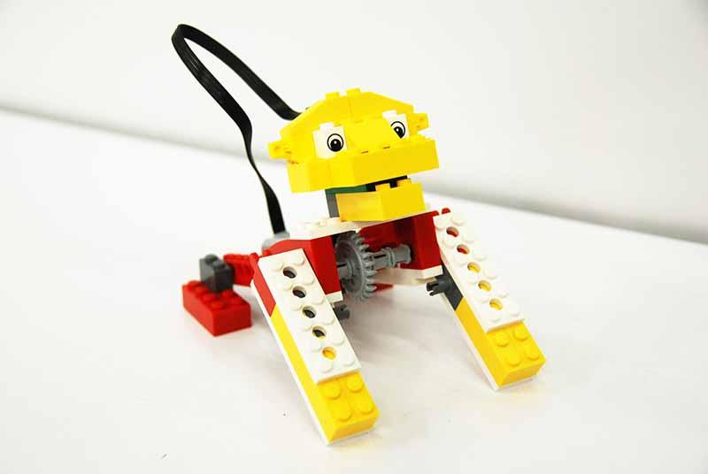 ロボット教室 「初めてのプログラミング ~レゴWeDoを使って~(ほえるライオン)」