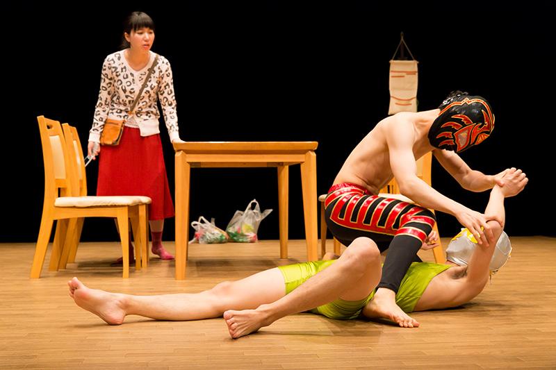 平成27年度公共ホール演劇ネットワーク事業 ハイバイ「ヒッキー・カンクーントルネード」小田原公演