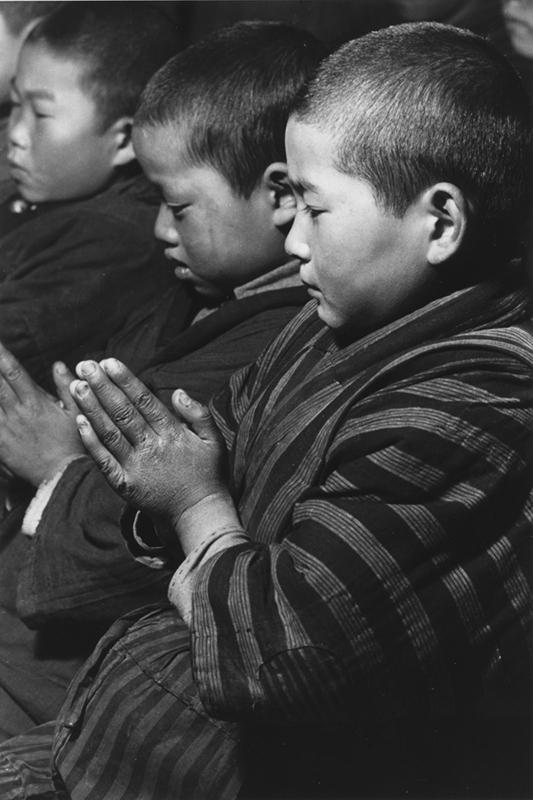 生誕100年記念 写真家 濱谷浩展