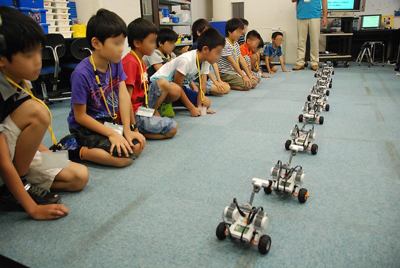 ロボット教室 「ブロックロボットでプログラミングに挑戦 レゴNXT初級①(基本操作)」