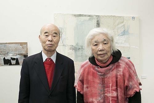 写真:館長の須藤一郎氏と須藤紀子夫人