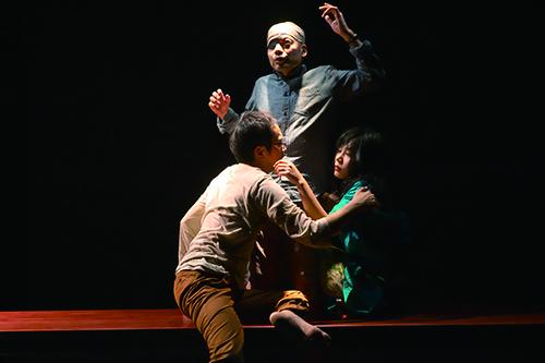 「離陸」早稲田小劇場どらま館(2015年)Ⓒ青木司