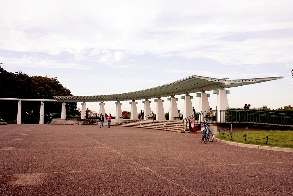 The Kanagawa Museum of Modern Literature stands in the corner of Harbor View Park