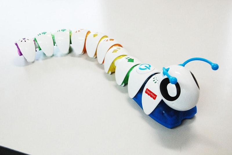 ロボット&プログラミング教室「イモムシ型ロボットでプログラミングに初挑戦!」