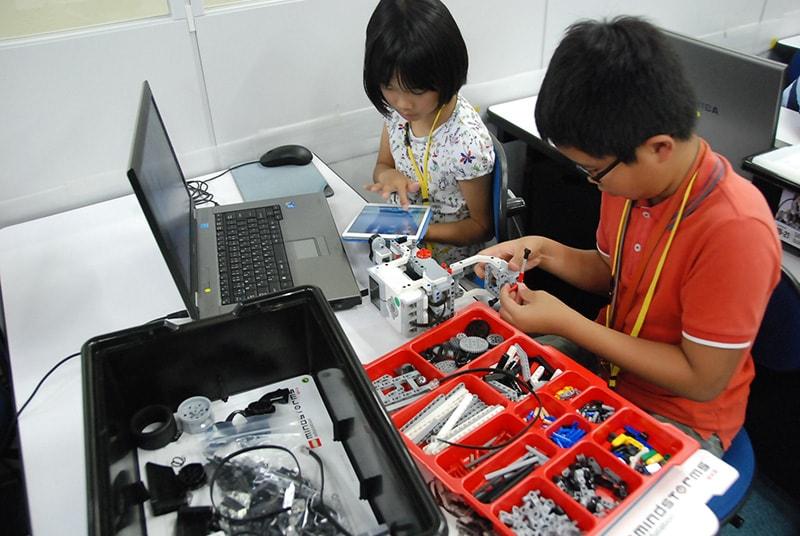 ロボット&プログラミング教室「サイエンス&テクノロジー 宇宙エレベーター競技会」