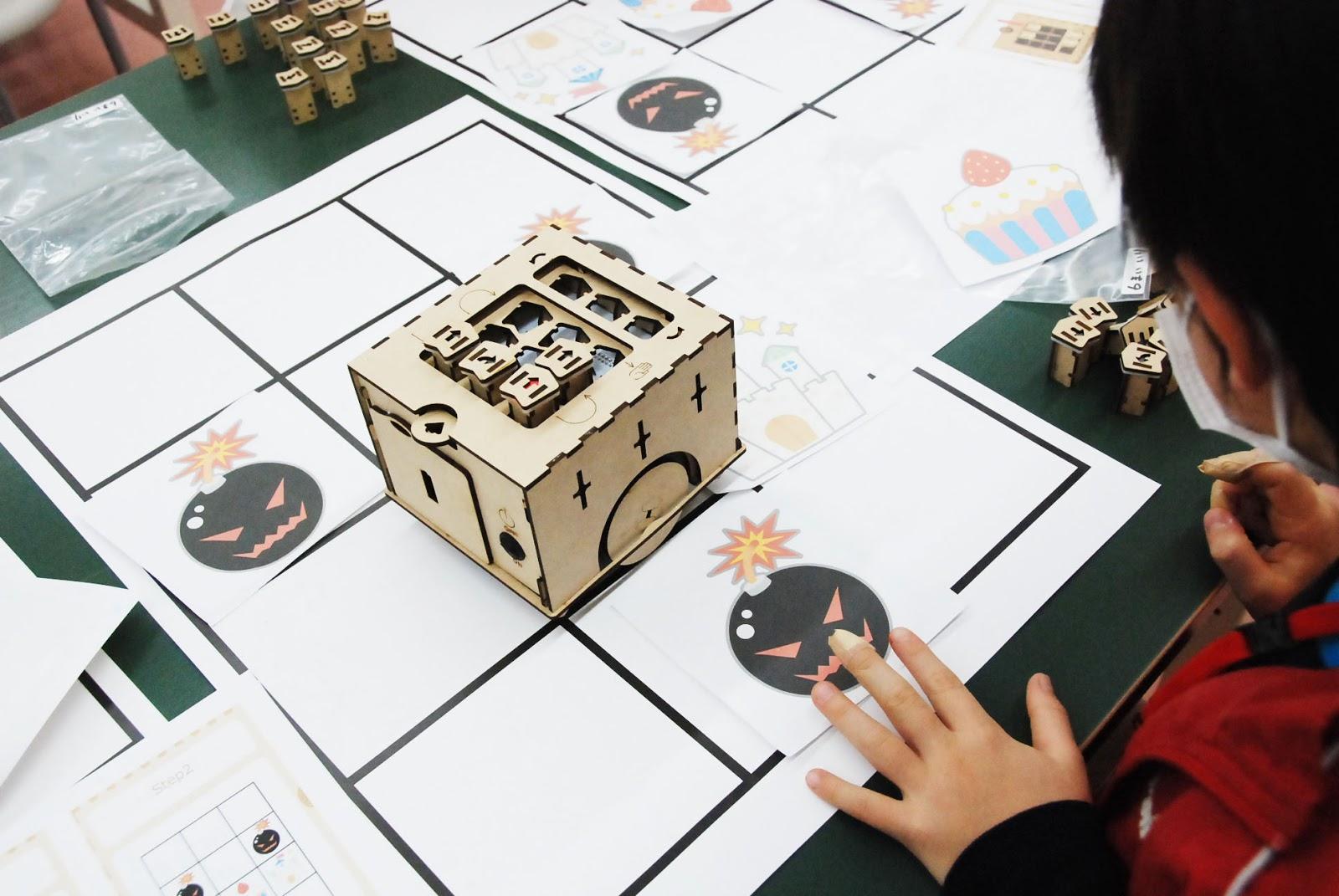 ロボット&プログラミング教室【親子教室】「PETSとあそぼう-さわれるプログラミング体験-」