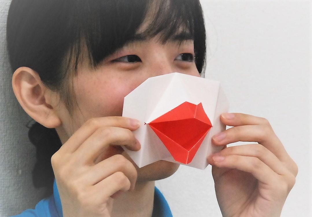 おとなの工作教室「『お口パクパク』と『折り紙カライドサイクル』~紙の特徴で工作を楽しみませんか~」
