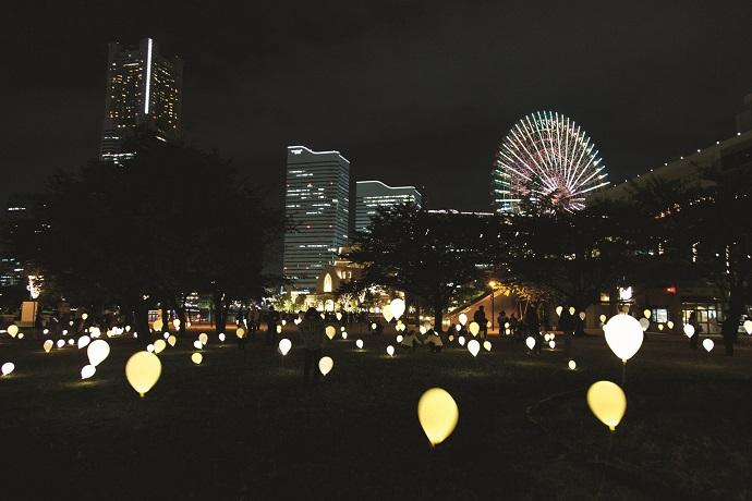 画像:スマートライトパレード「GINGA」/ 一般社団法人横浜みなとみらい21 / アーティスト:平野治朗 / Smart Illumination Yokohama 2015 photo: Masahiro Ihara
