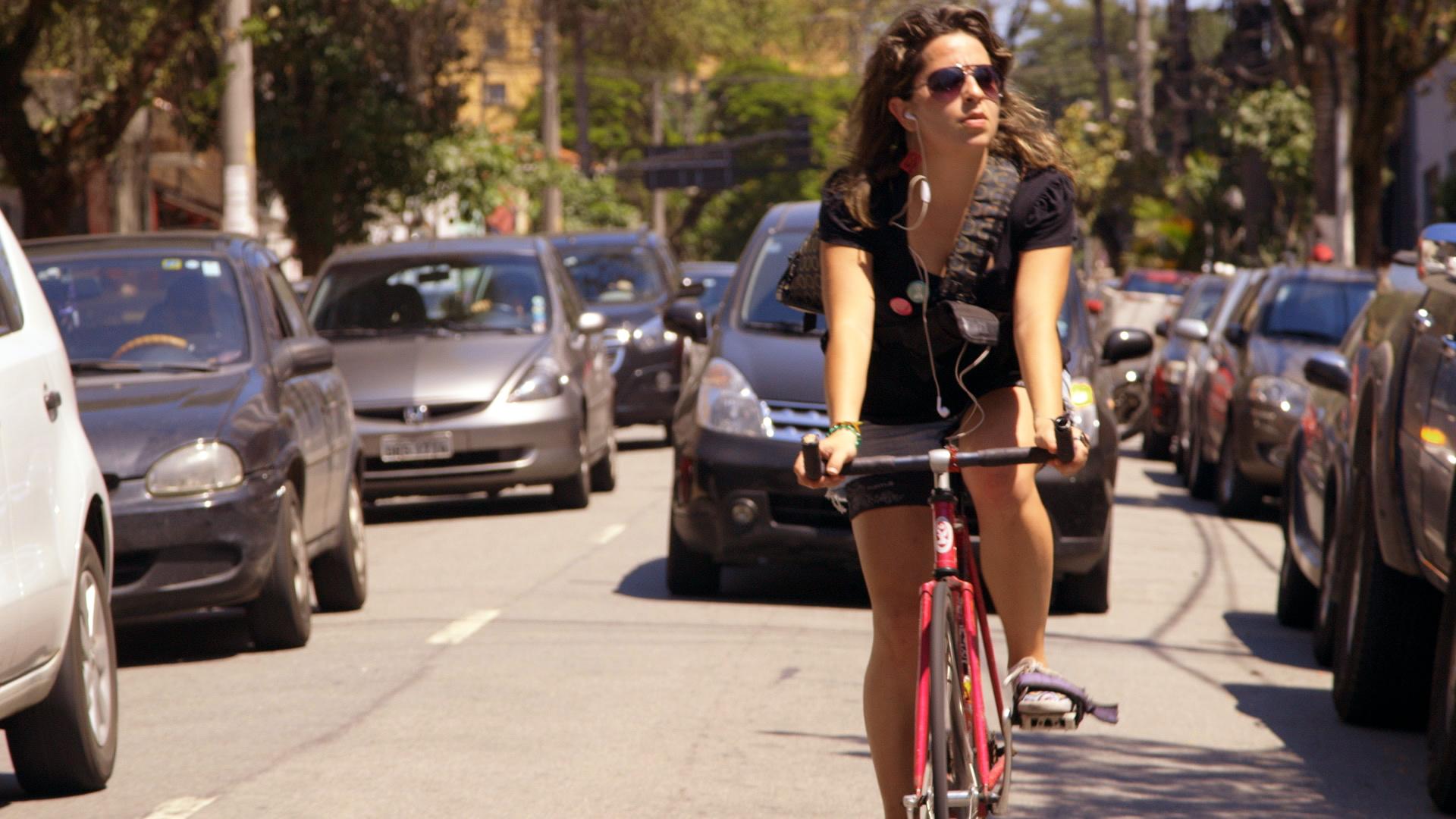 映画『Bikes vs Cars 車社会から自転車社会へ』トーク付上映イベント