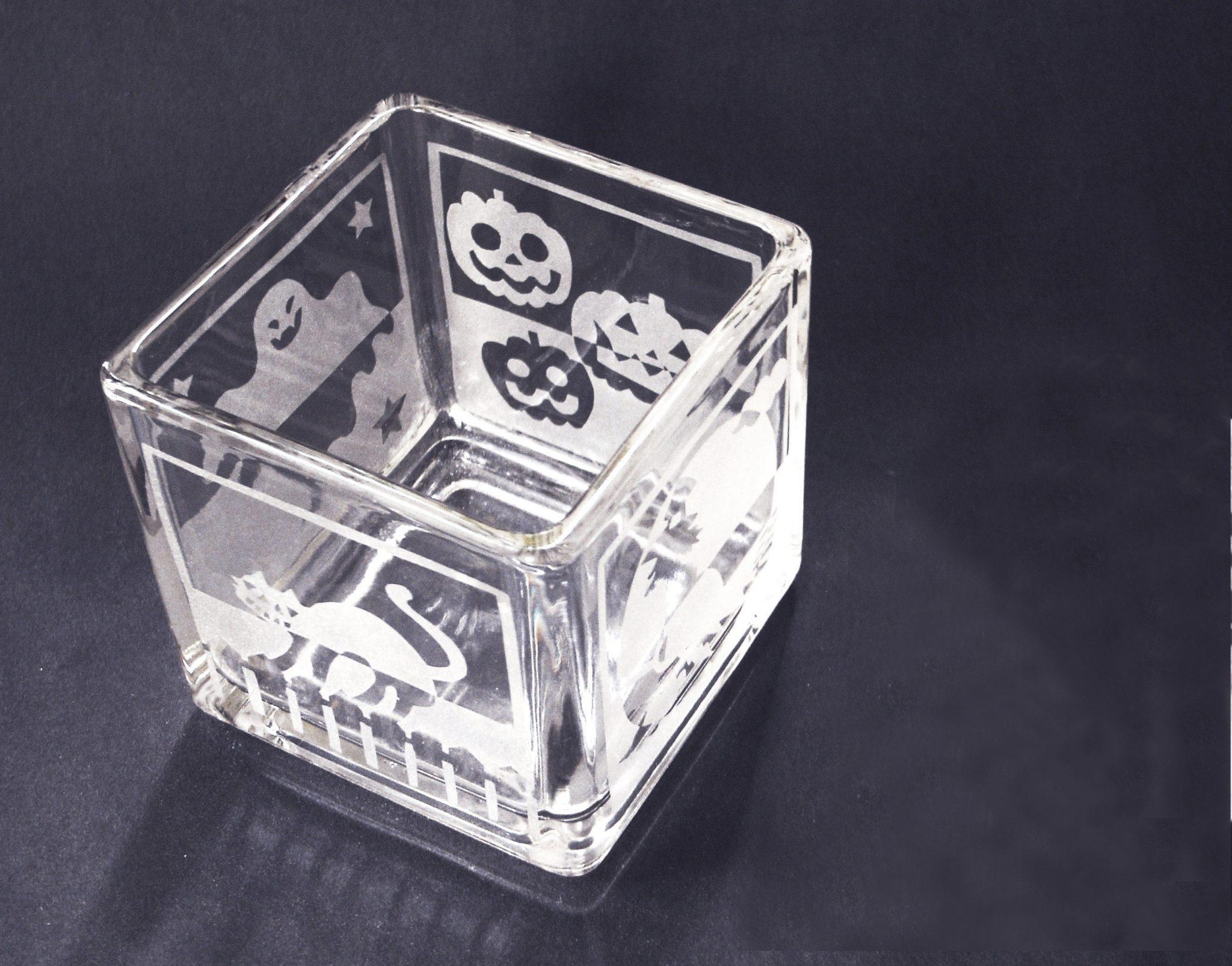 ガラスの工芸 サンドブラスト秋の期間限定「キャンドルホルダー(LEDキャンドルライト付き)」