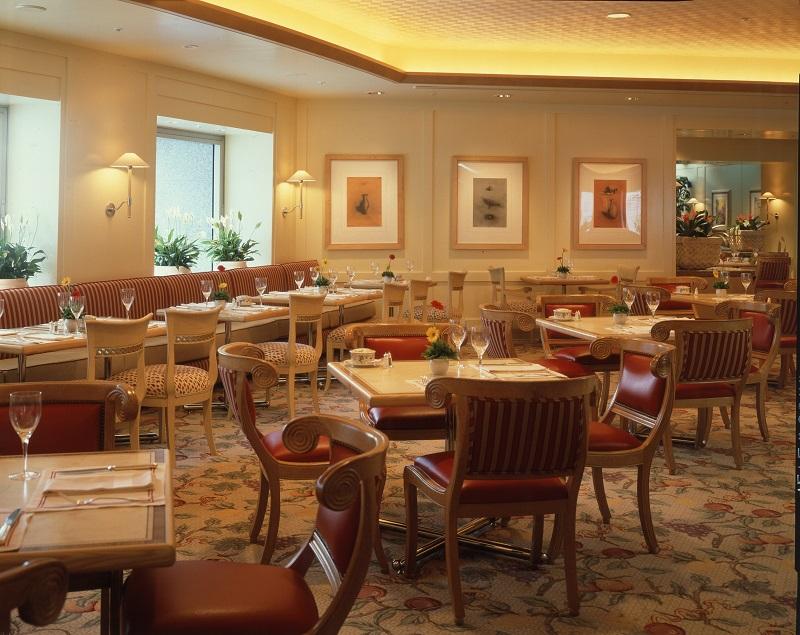 横浜ロイヤルパークホテル<br>レストラン&バンケット「フローラ」
