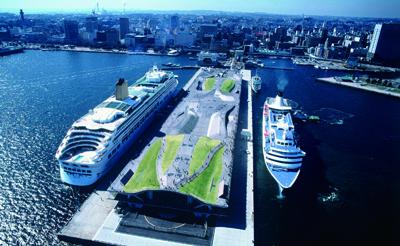 横浜港大さん橋国際船ターミナル