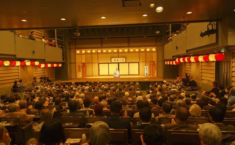 笑って泣いて、また大笑い…横浜で心を動かす「寄席」に行こう