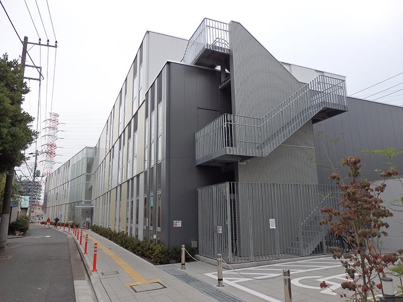 川崎市かわさき老人福祉・地域交流センター