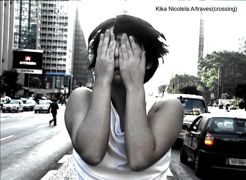 横浜フランス月間2013 ビデオアート展『彷徨~都市と砂漠の間で』