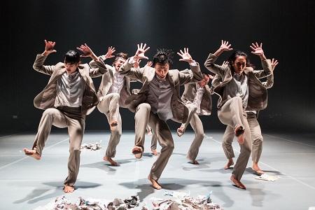 横浜ダンスコレクション2016 アジア・セレクション [シンガポール] 『オーガナイズド・カオス Organized Chaos』(日本初演)