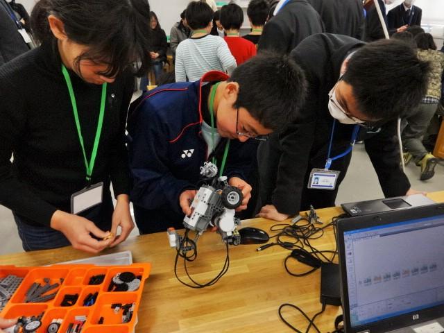 横浜青少年サイエンスプログラム「プログラミングロボット教室」