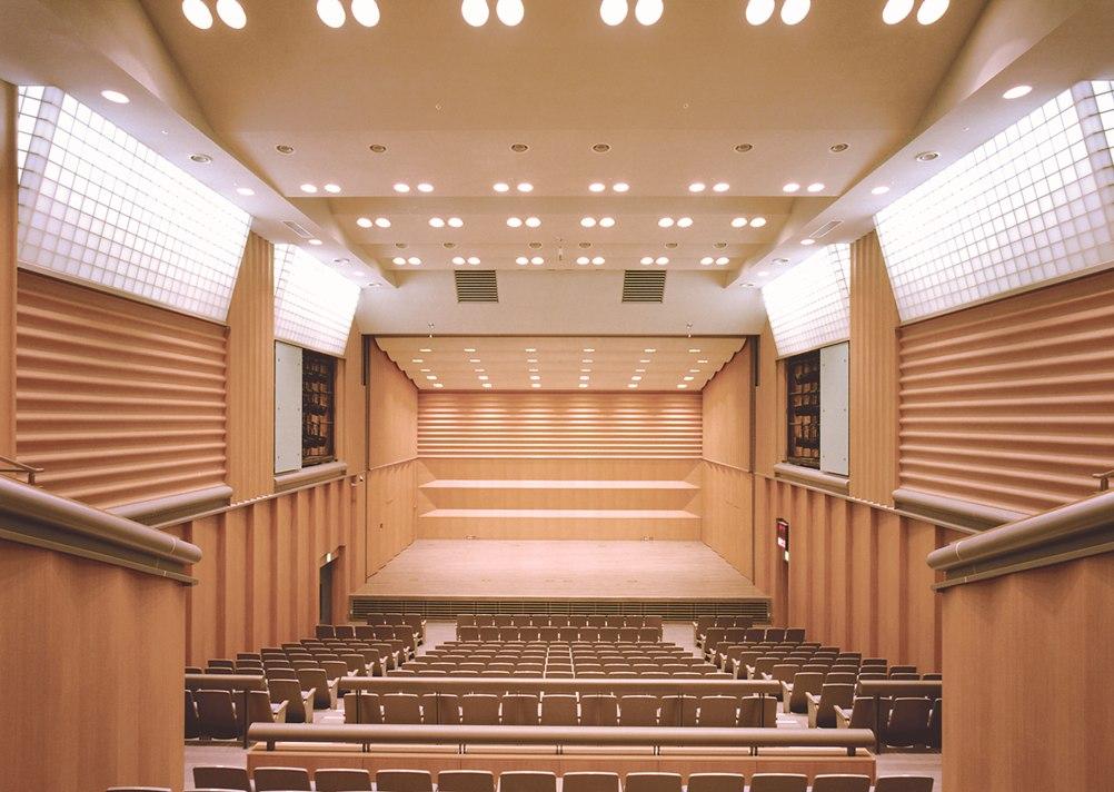 横浜市神奈川区民文化センター  かなっくホール