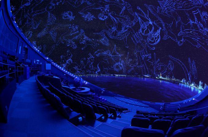 【1/2-2/28】宇宙劇場(プラネタリウム)生解説「夕焼け空と空の色」