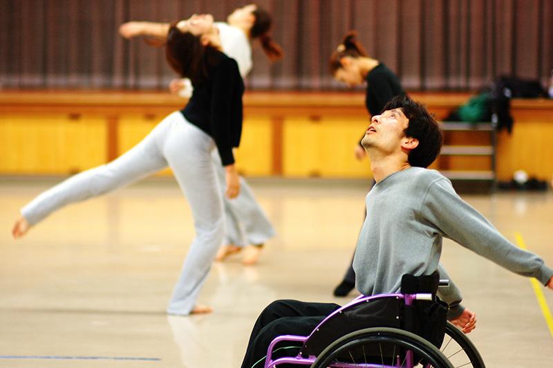 ヨコハマ・パラトリエンナーレ2014                    ペドロ・マシャド ダンスワークショップ