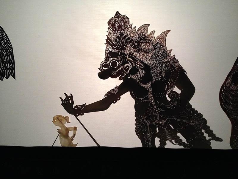 親子で楽しむワークショップ2015    《世界の伝統芸能》ワヤン人形作りと影絵芝居の世界を体験しよう!