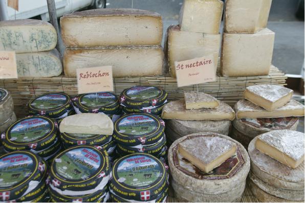 フランス・チーズセミナー「パット・モル」(中身の柔らかいチーズ)