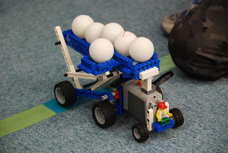 ロボット教室「サイエンス&テクノロジー ~レゴで学ぶ科学の原理~ トラックにたくさん荷物がつめるかな?!」