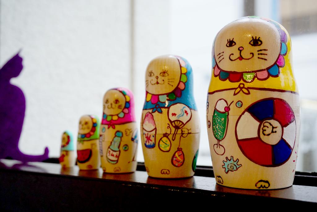 横浜育ちのかわいいネコ型マトリョーシカ「ネコーシカ」はじめての個展開催