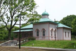 旧横浜ゴム平塚製造所記念館(愛称:八幡山の洋館)