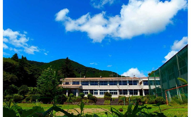 旧北足柄中学校
