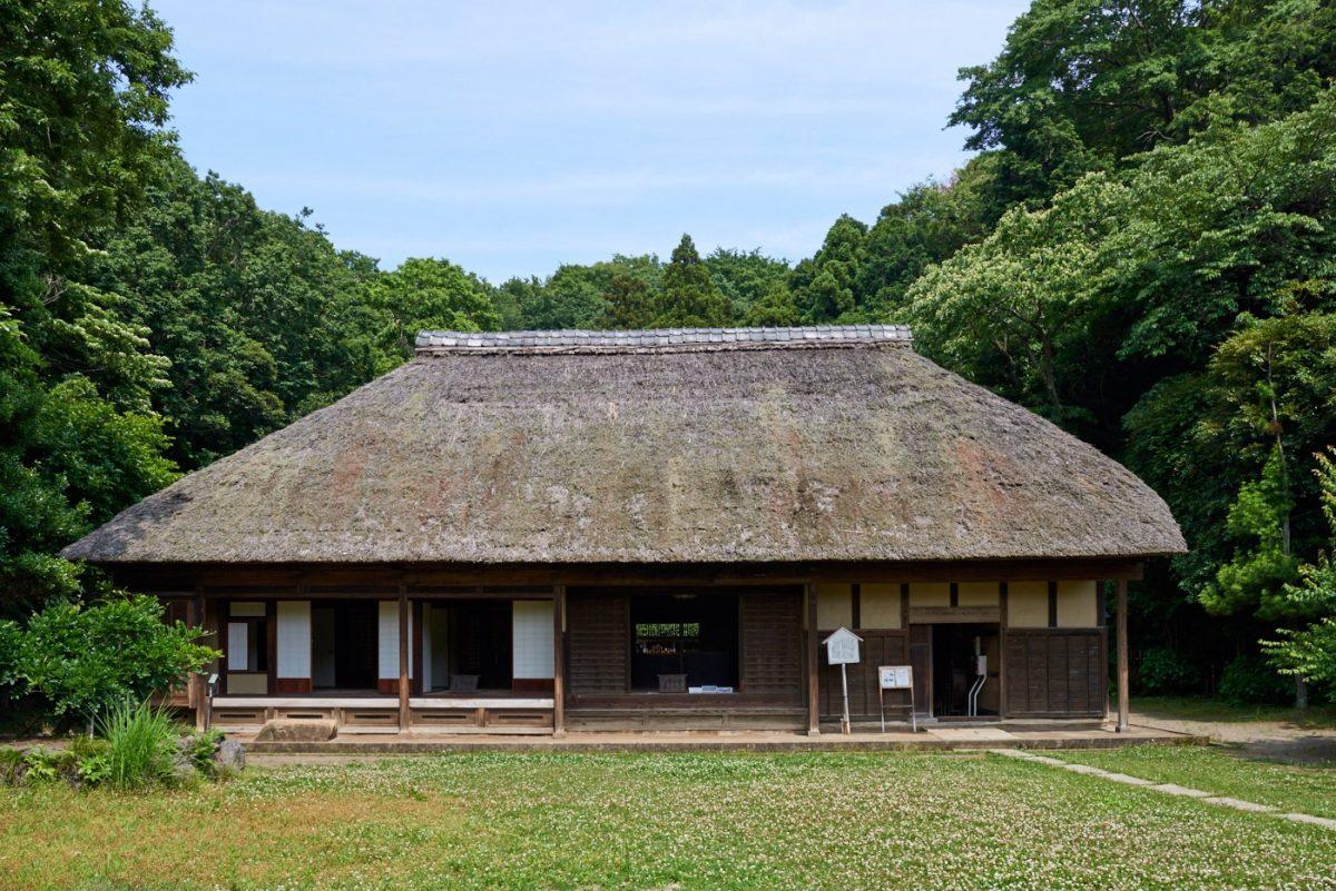 【藤沢市新林公園】緑豊かな公園に移築された、格式の高い古民家