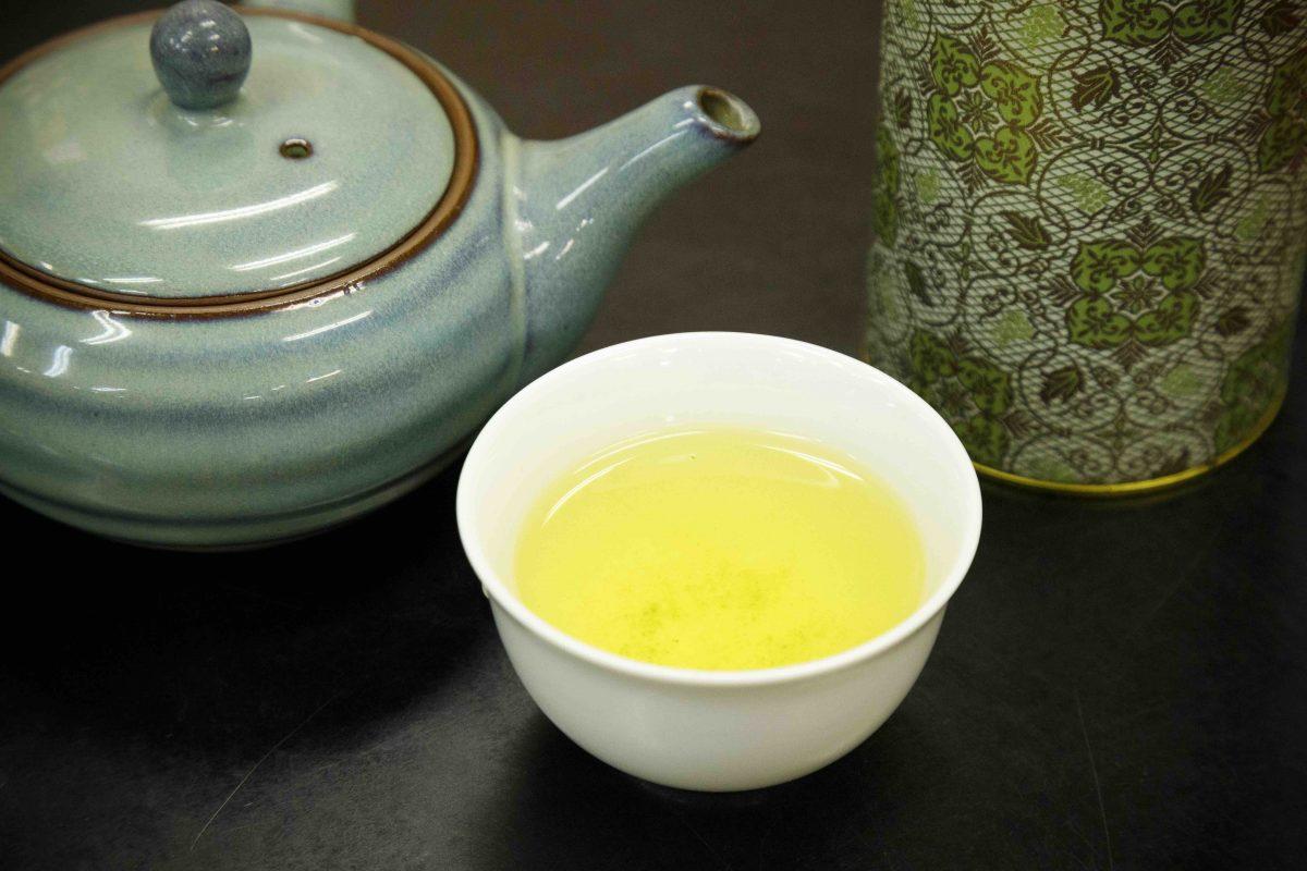 【足柄茶】うま味、渋味、苦味が調和した香り高い緑茶