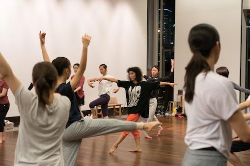 月2回、象の鼻テラスでバレエ&コンテンポラリーダンスのWS開催