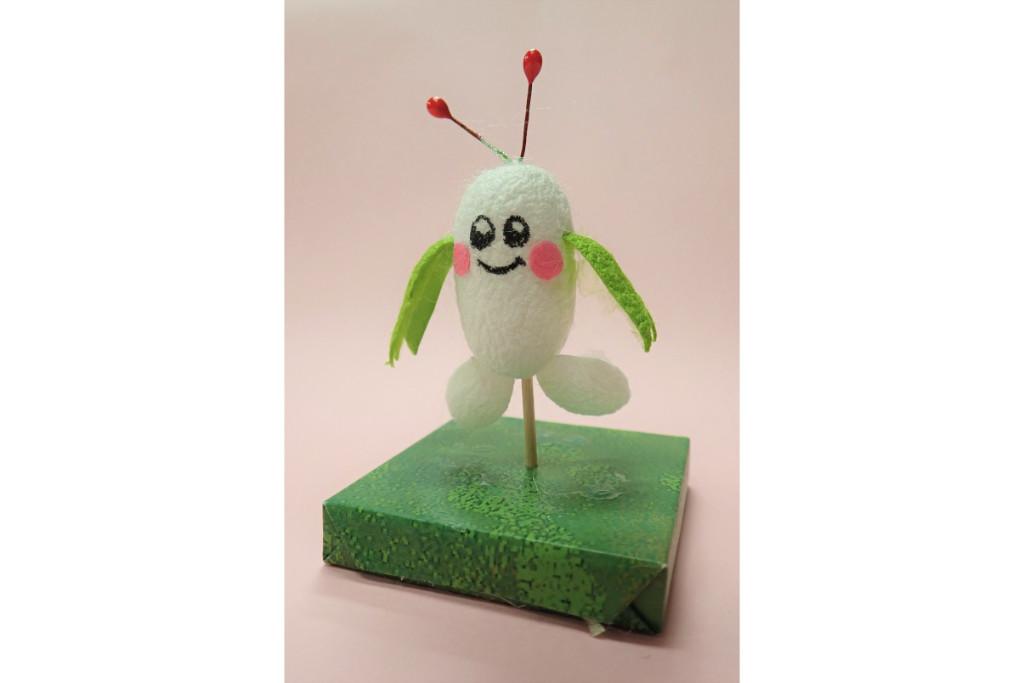 「まゆ」を使ってオリジナルキャラクター「まゆるん」の人形を作ろう!