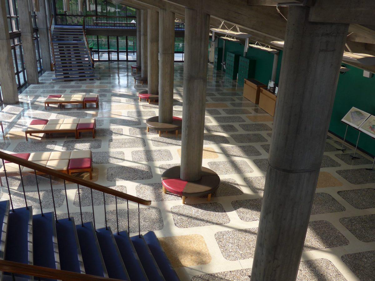 聴いてよし! 観てよし! 県立音楽堂で前川建築のモダニズムを堪能