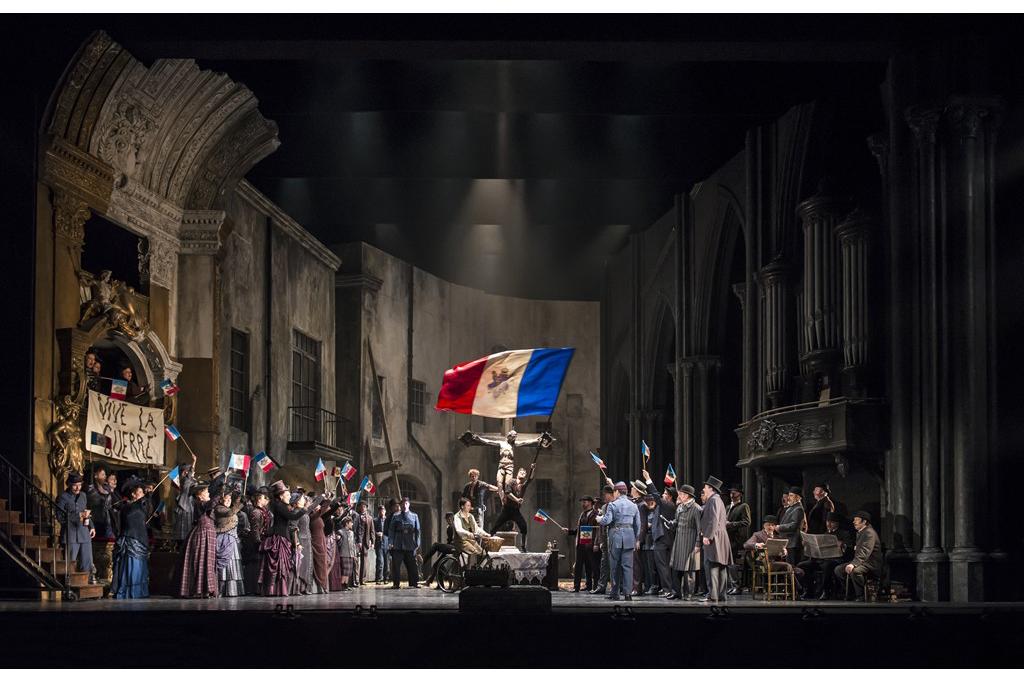 名匠パッパーノ率いる、いま世界で最も勢いのある歌劇場!!