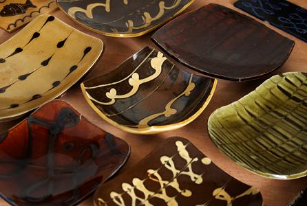 市民のためのプログラム 陶芸-スリップウェア