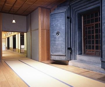 三溪園で楽しむ夏休み―横浜市指定文化財 鶴翔閣公開