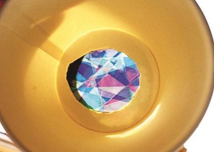 夏休み特別企画「自由研究ラボ~宿題だって楽しみたい!~」 環境体験教室「色の実験と偏光万華鏡を作ろう」