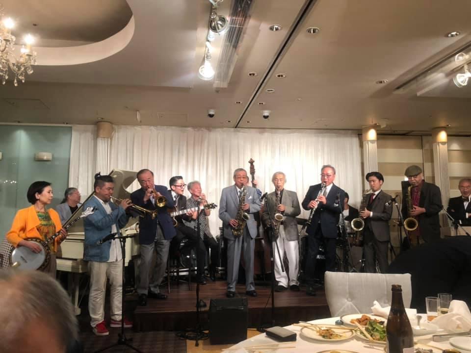 With this one book, `` Yokohama Jazz Promenade '' will be 10 times more fun!