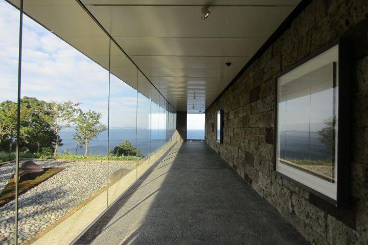 An unrecorded artist descends at the Enoura Observatory! Experience the time when nature and art resonate