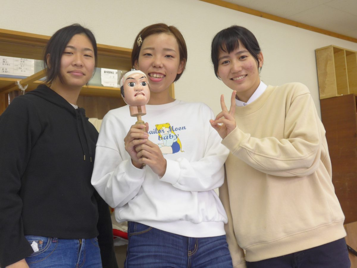 Don't say that it's old-fashioned! Sagami puppet show that is fun to watch, do and create