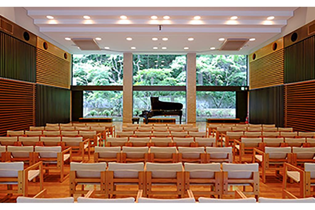鎌倉女子大学二階堂学舎 松本尚記念ホール