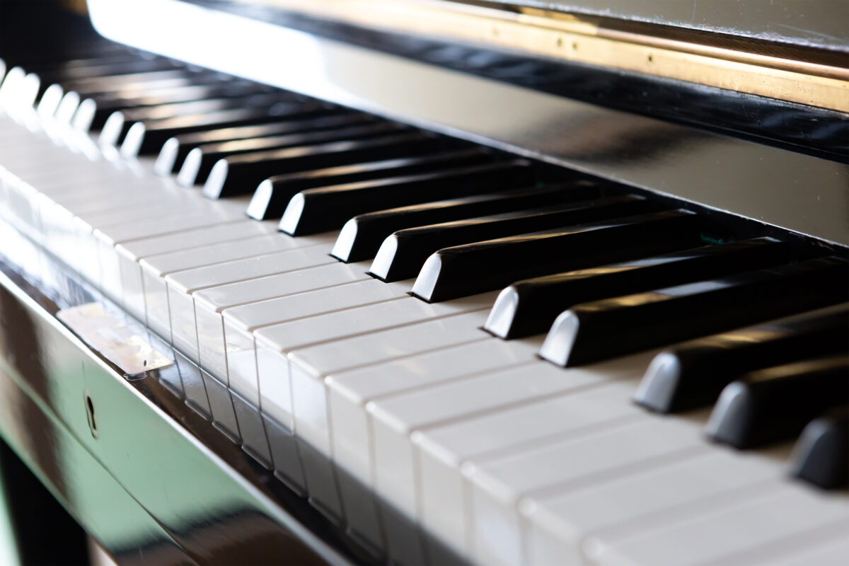 Web動画審査も取り入れた、全て自由曲、年齢制限のない該当なしを極力避ける新規ピアノコンクール
